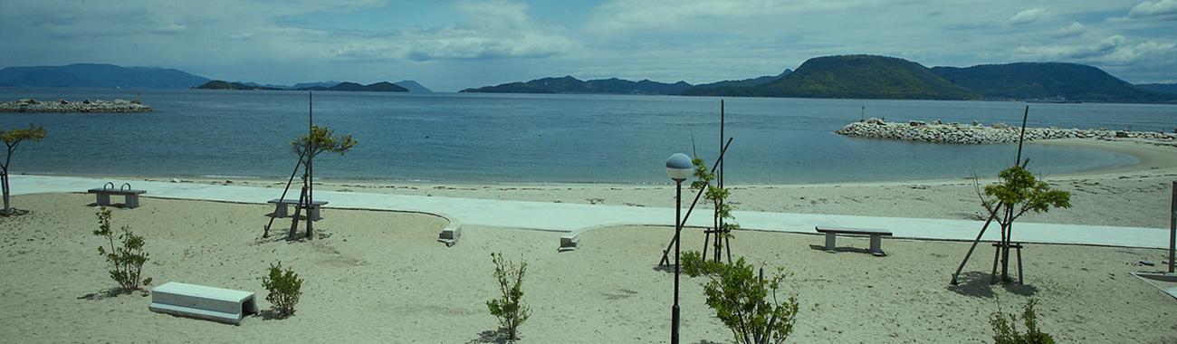 女木島の海