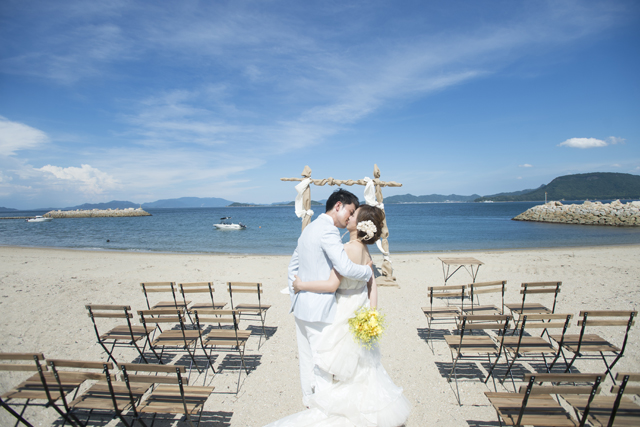 女木島BEACH WEDDINGのPVです